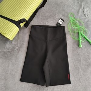 Del Toro New Athletic short
